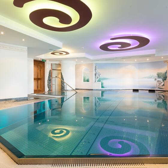 indoor pool wellnesshotel ischgl solaria